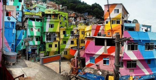 CM Favela Painting LoRes