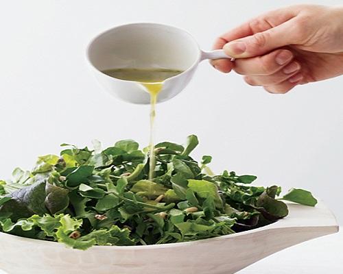 Honey as a salad dressing recipe