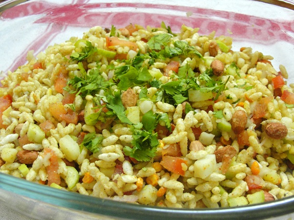 Tangy vegetable Rice Puff
