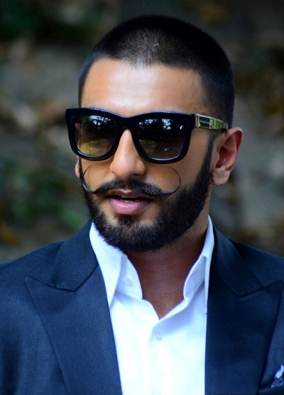 ranveer Singh sexy best picture of him rocking look