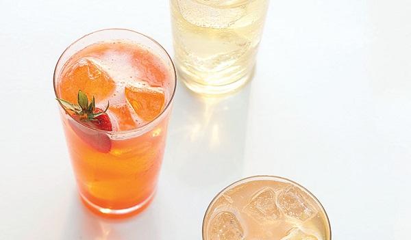 Strawberry, lemon and basil soda