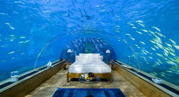 Poseidon_Undersea_Resort_Fiji_Jebiga