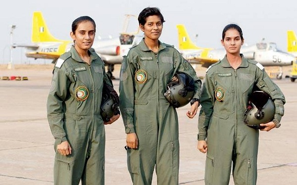 india's first 3 women fighter pilot